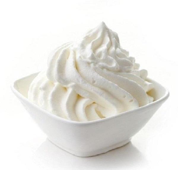 Kem tươi là gì mà hấp dẫn thế? Khác với kem gói sẵn ở chỗ nào? Kem tươi ăn kèm với gì? Cách làm kem tươi có dễ không? – Món ngon